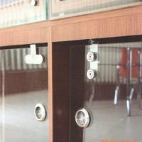 广西南宁135°浴室玻璃夹-移门拉手-整体浴室-卫浴五金批发
