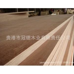 工厂长期销售优质桉树胶合板,贴面