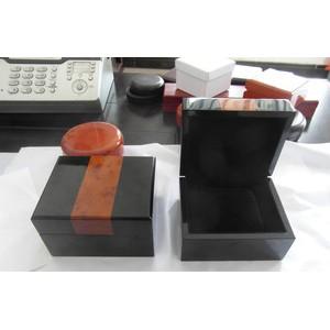 厂家直销 供应 手表盒  漆木首饰盒  礼品包装盒  可订做