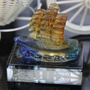 K9水晶香水座高档琉璃一帆风顺平安 车内饰用品批发 高档汽车用品