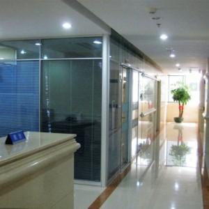 玉林玻璃高隔间 兆拓办公隔断墙铝型材热销