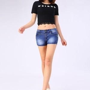 夏季修身女装牛仔短裤性感美腿穿出来