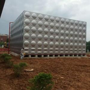 专业供应贺州市100立方不锈钢水箱