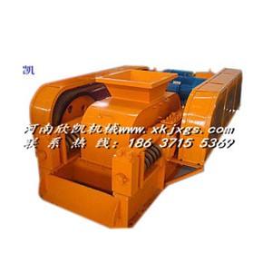采用新型的耐磨材料生产对辊破碎机欣凯机械XK-L